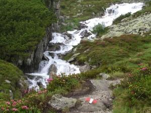 2010 - Vorbei an Bächen mit Schmelzwasser